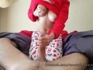 Good Morning my curvy teen in christmas pijama Made in Canarias