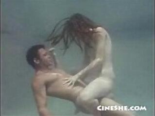 Sex Underwater Ann Kell