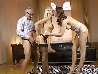 Stockinged UK milf ass fucked standing up in trio
