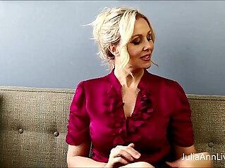 Busty amateur blonde teacher julia ann fucks herself