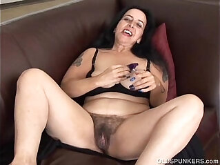 Chunky old spunker wishes you were fucking her fat juicy pussy