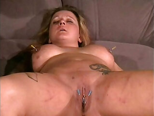 Ginas amateur needle torment and facial piercing punishment