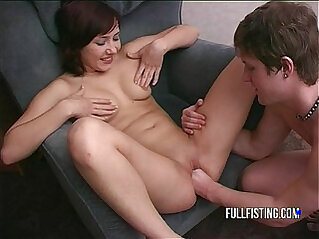 Petite asian Teen gets her Tight asian Pussy Taking Huge Fist